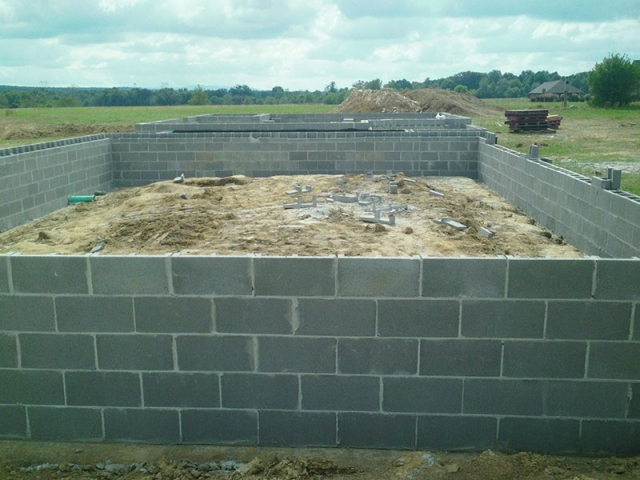 Block  Masonry Basement foundation  Chardon Ohio 44024