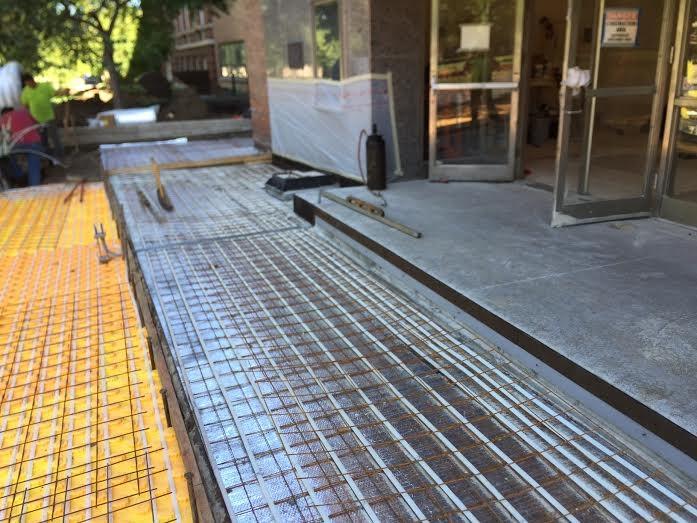 Concrete entrance for Heated concrete