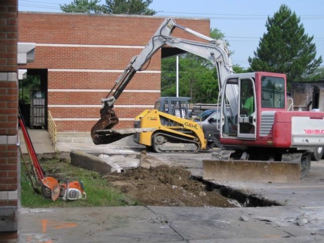 Commercial Concrete walkway replacement  Chardon Ohio 44024
