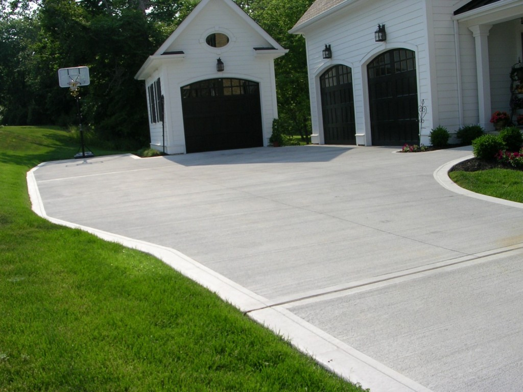 Concrete driveway replacement
