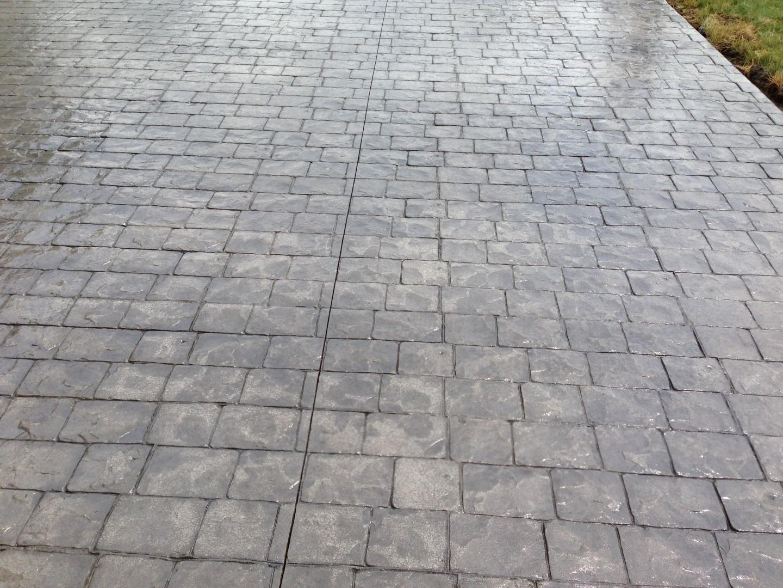 London cobblestone stamped concrete patio Hunting Valley, Ohio