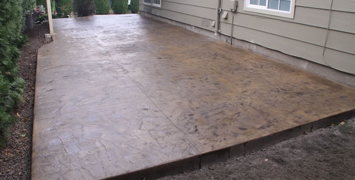 Italian slate stamped concrete patio in Highland Heights, Ohio.