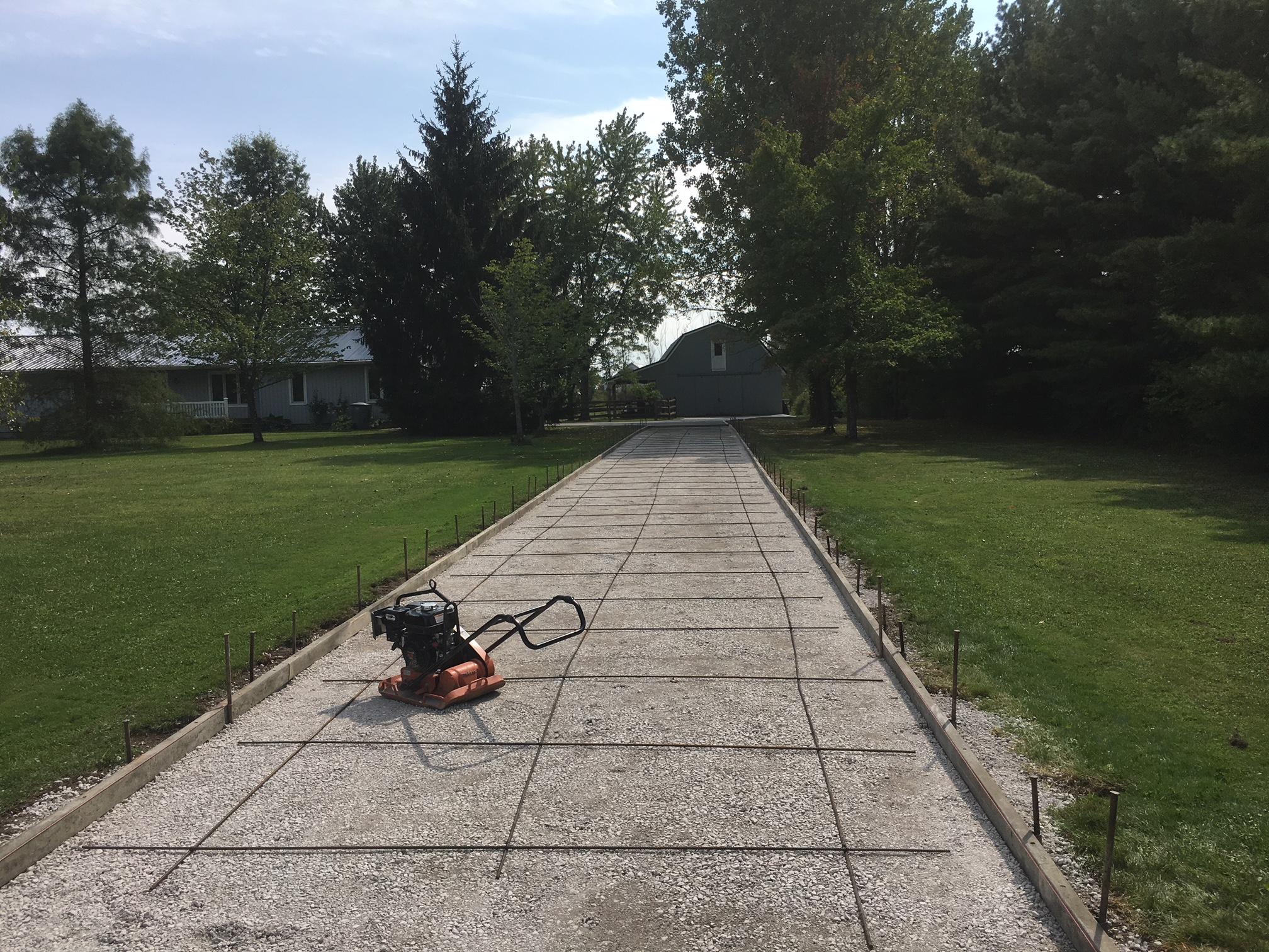 Concrete driveway in Chardon, Ohio
